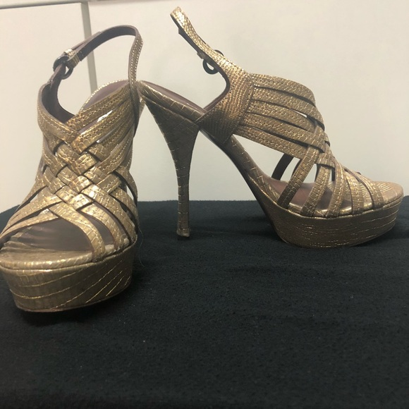brand new unisex cheap online outlet locations for sale Vera Wang Lavender Label Embellished Platform Sandals clearance buy footlocker for sale cheap professional au3Oqr